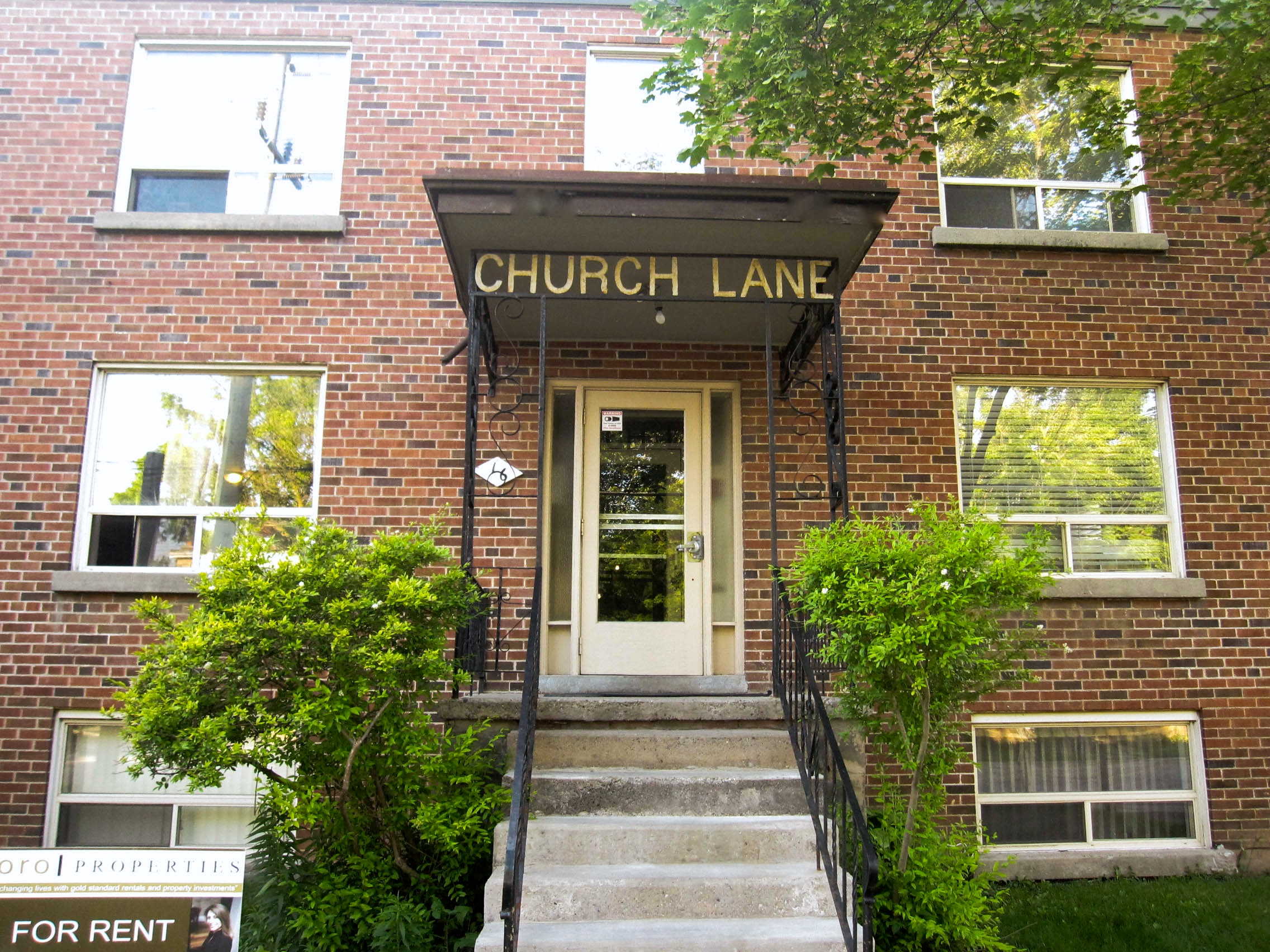 16 Church Unit 6 – One Bedroom Oasis in the Heart of Downtown Brampton!