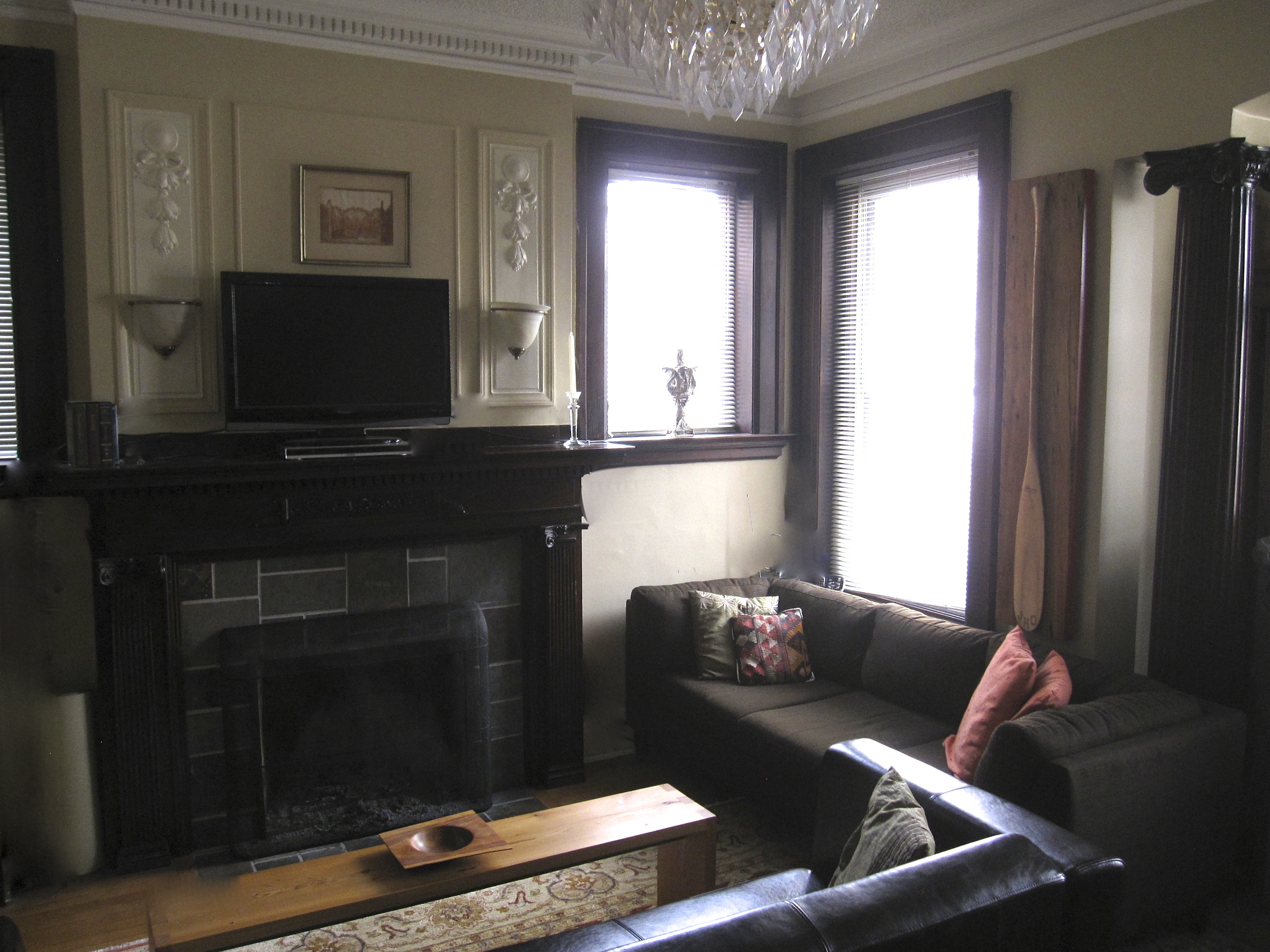 Extremely RARE Riverdale FIND!! 1+1 bedroom heritage ...