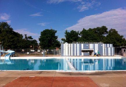 15-swimming-pool-toronto-east-york-rentals